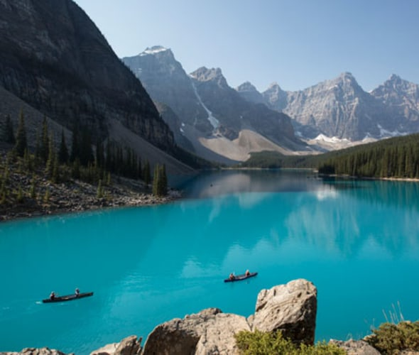 rocky mountaineer journeys stop at moraine lake