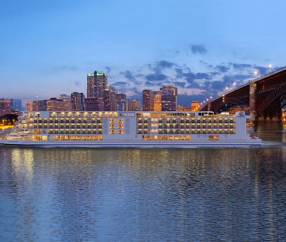 viking river cruise ship in st louis missouri with arch in background