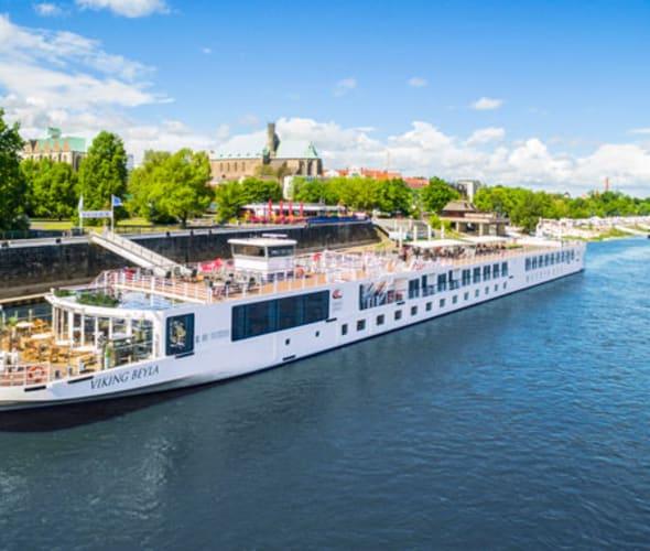 viking river cruise longship