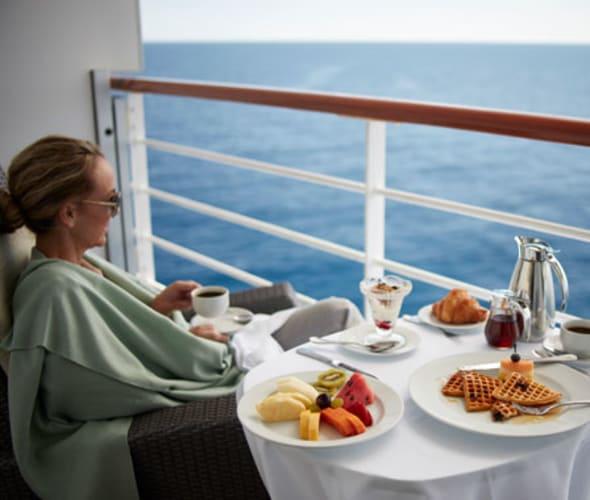 oceania cruises room service