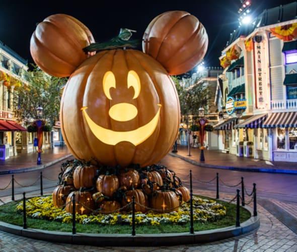 disneyland main street halloween time pumpkin