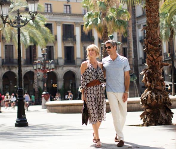 regent seven seas cruises couple in barcelona