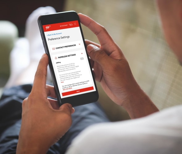 AAA Member enrolls in ebilling through the AAA mobile app.